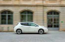 Nissan LEAF 30 kWh, side 2