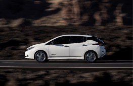 Nissan Leaf, 2018, side, action