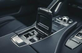 Lexus LC 500 Convertible, 2020, centre console