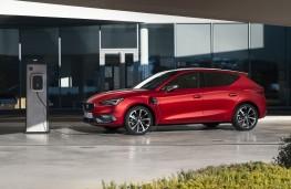 SEAT Leon e-Hybrid, 2020, charging
