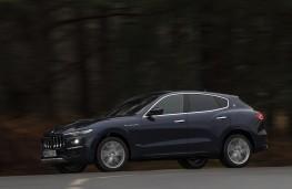 Maserati Levante GTS, 2019, side, action