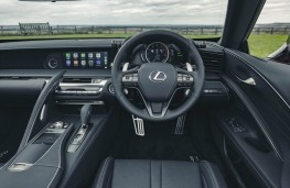Lexus LC 500 Convertible, 2020, dashboard