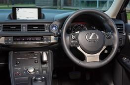 Lexus CT 200h Sport, dashboard