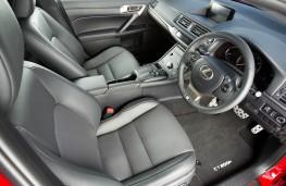 Lexus CT 200h Sport, front seats