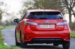 Lexus CT 200h Sport, rear action