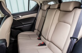 Lexus CT200h, rear seats