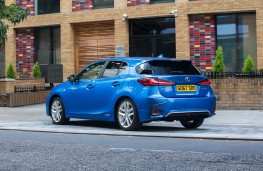 Lexus CT200h, rear static