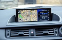 Lexus CT200h, sat nav