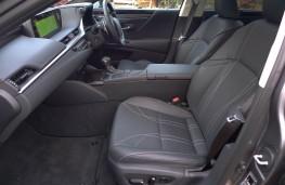 Lexus ES 300h, front seats