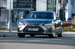 Lexus ES300h, dynamic