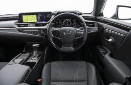 Lexus ES300h, interior