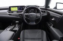 Lexus ES 300h, interior