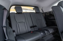 Lexus RX450h L, rear seats