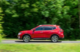 Nissan X-Trail, dynamic, profile