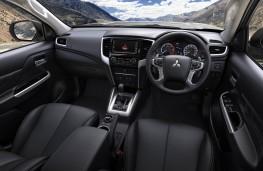 Mitsubishi L200, 2019, interior