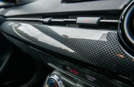 Mazda2 1.5 Tech Edition, 2017, trim