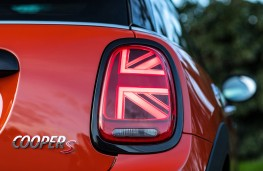 MINI Cooper S, 2018, three door, rear light