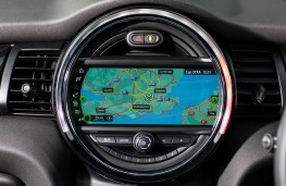MINI Cooper S, 2018, display screen