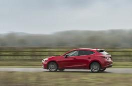Mazda3 Sport Black, 2018, side