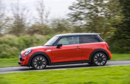 MINI Cooper S, 2018, three door, side