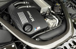 BMW M4 Convertible, engine