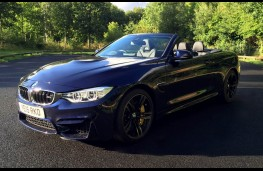 BMW M4 Convertible, roof open