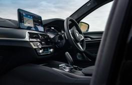 BMW M550i, 2020, dashboard