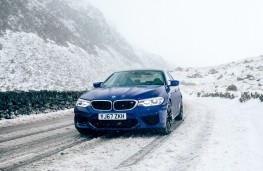 BMW M5, 2018, front, snow