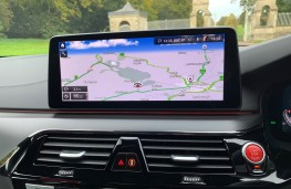 BMW M5 Competition, 2020, display screen
