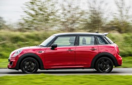 MINI Cooper S, 2018, five door, side