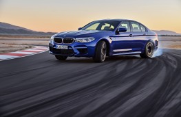 BMW M5, 2017, side, action