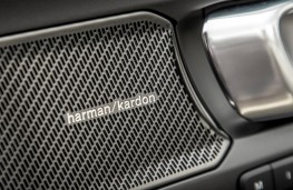 Volvo XC40, 2018, Harman Kardon audio