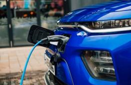 Kia Soul EV, 2020, charging