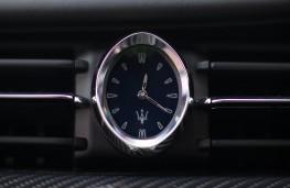 Maserati Quattroporte, 2018, clock