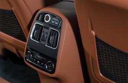 Maserati, Levante, cabin detail