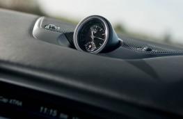Maserati Levante, dash clock