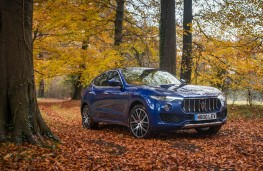 Maserati Levante, front static