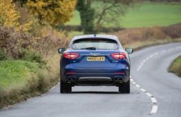 Maserati Levante, rear action