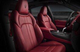 Maserati Levante GTS front seats