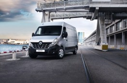 Renault Master, front