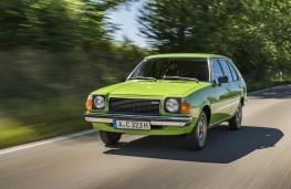 Mazda 323, 1979, front
