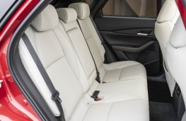 Mazda CX-30, rear seats