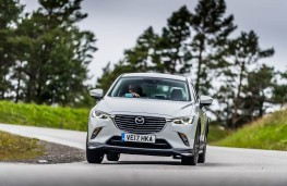 Mazda CX-3, front action 2