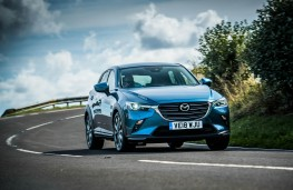 Mazda CX-3, front action 1