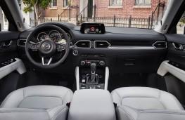 Mazda CX-5 2017 cockpit