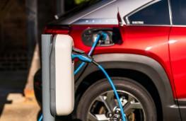 Mazda MX-30, 2021, charging