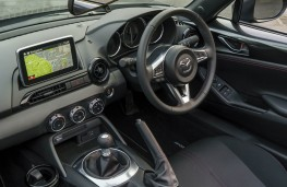Mazda MX-5 RF, dashboard 2