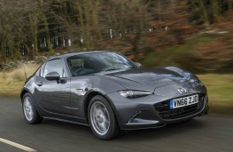 Mazda MX-5 RF, front action 3