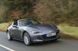 Mazda MX-5 RF, front action 4