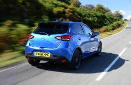 Mazda2 Black Edition+, rear action